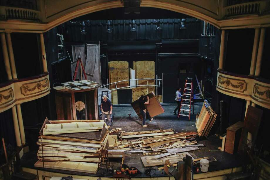 "Set builders in Buffalo, N.Y., strike the set of the Kavinoky Theater's production of ""To Kill a Mockingbird"" on Feb. 27, 2019. The production was canceled because of a threat of litigation from a powerful Broadway producer related to a contract that dates back half a century. Photo: LIBBY MARCH, STR / NYT / NYTNS"