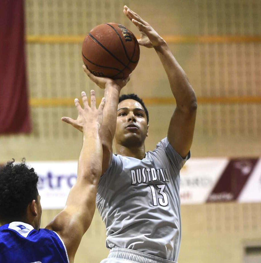 TAMIU Athletics will be giving away free T-shirts and tacos to promote Saturday's men and women games. Photo: Laredo Morning Times