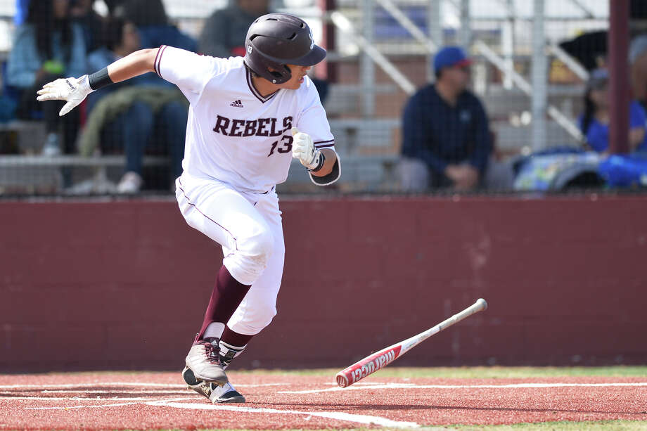 Lee's Michael Hinojosa (13) bats against El Paso Americas in the Tournament of Champions March 1, 2019, at Ernie Johnson Field.  James Durbin/Reporter-Telegram Photo: James Durbin / ? 2019 Midland Reporter-Telegram. All Rights Reserved.