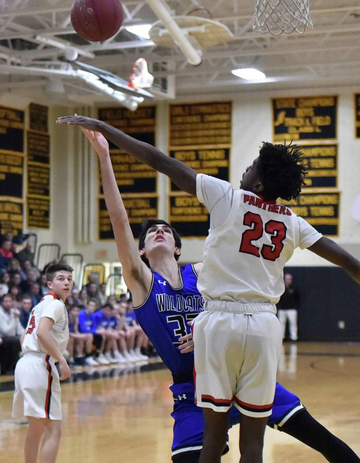 Madison, Connecticut - Friday, March 1, 2019: Old Lyme H.S. vs. Cromwell H.S. during the Shoreline Conference boys basketball championship game Friday night at Polson Middle School in Madison.
