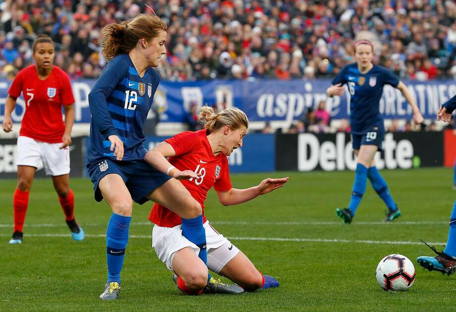 Ellen White #18 of England collides with Tierna Davidson #12 of the USA during the second half of the 2019 SheBelieves Cup match between USA and England at Nissan Stadium on March 2, 2019 in Nashville, Tennessee. (Photo by Frederick Breedon/Getty Images) Photo: Frederick Breedon / Getty Images