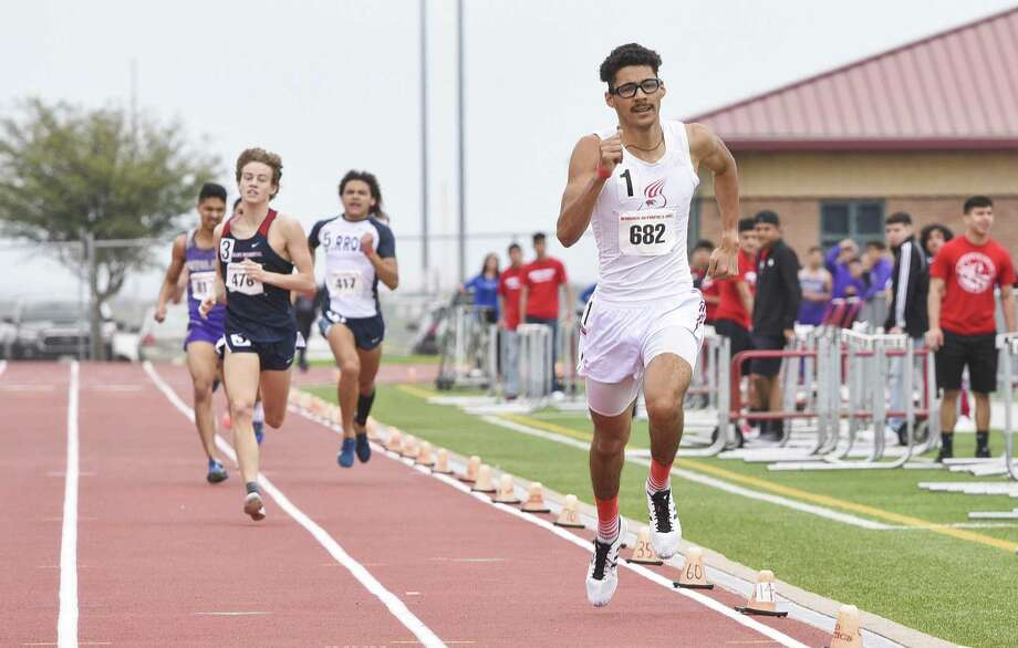 At the District 29/30-6A area meet Thursday at Shirley Field, Nixon's Alexa Rodriguez won the area titles in the 3,200- and 1,600-meter runs while United's D'Carlo Calderon won golds in the 100-meter dash and 300-meter hurdles. Martin's Miguel Escamilla also took second place at the 29/30-5A area meet in Alice Wednesday. Photo: Danny Zaragoza /Laredo Morning Times / Laredo Morning Times
