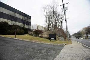 The proposed location of new apartments at 585 West Putnam Ave. in Greenwich has caused neighbor backlash and the Planning and Zoning Commission, with its eye on making a decision will again consider the matter at its Tuesday night hearing.