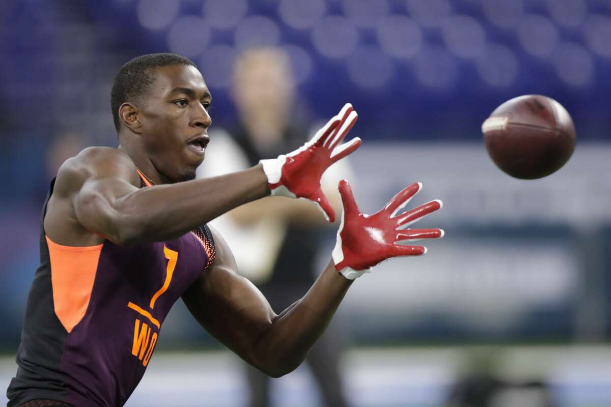 Round 3, No. 84 overall: WR Hakeem Butler, Iowa State (6 feet 5 inches, 227 pounds) Even in a best-case scenario with Doug Baldwin's sports-hernia surgery, his long-term viability is a concern. And add on some uncertainty with how David Moore and Jaron Brown will perform in 2019, it's hard to imagine the Seahawks not using one of their top two picks on a wide receiver. At 6 feet 5, Iowa State's Hakeem Butler could be that big-bodied receiver the Seahawks need. His big strides and length make him difficult to tackle. A concern around him, however, is his route running and hands. A second-team All-Big-12 performer in 2018, Butler ranked in the top 10 in the nation in receiving yards (1,318) and yards per reception (22).