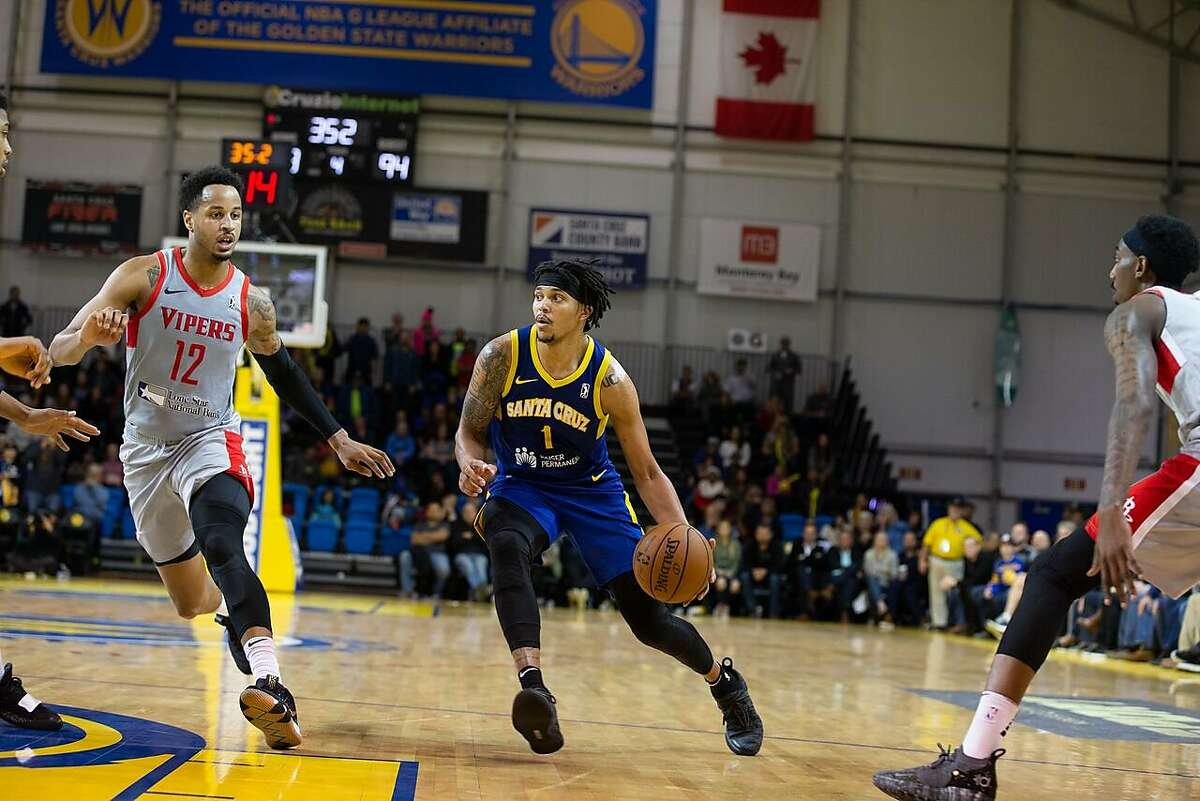 Two-way-contract player Damion Lee is averaging 20 points, six rebounds and two assists per game with the San Cruz Warriors this season.