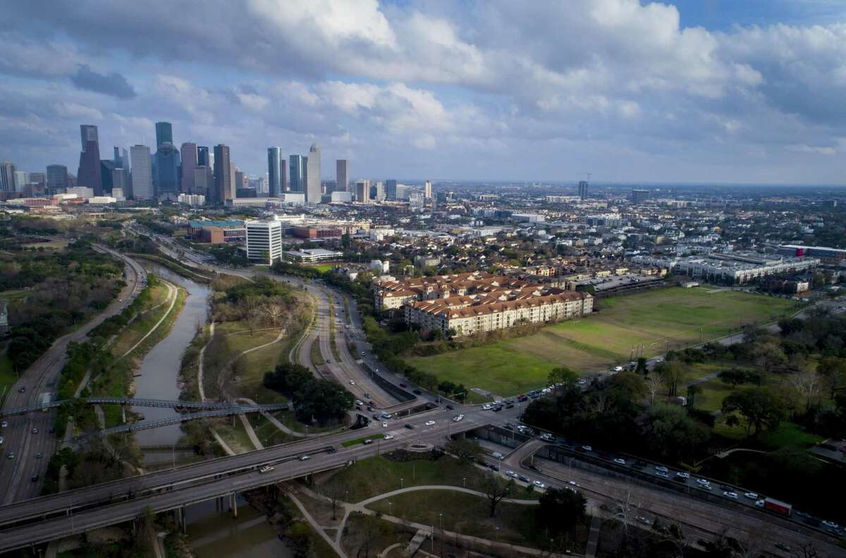 PHOTOS: Best neighborhoods for young professionalsA new report from data education website Niche breaks down the top 20 neighborhoods for young professionals to live in Houston.>>>Click through the photos to see the best Houston-area neighborhoods for young people in 2019, according to Niche...