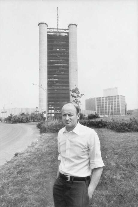 Irish architect Kevin Roche in front of his Knights of Columbus Building (1968, architects Kevin Roche, John Dinkeloo, and Associates) in New Haven, Conn., in July 1968. Photo: Burton Berinsky / Time & Life Pictures / Getty Images 1968 / Time & Life Pictures