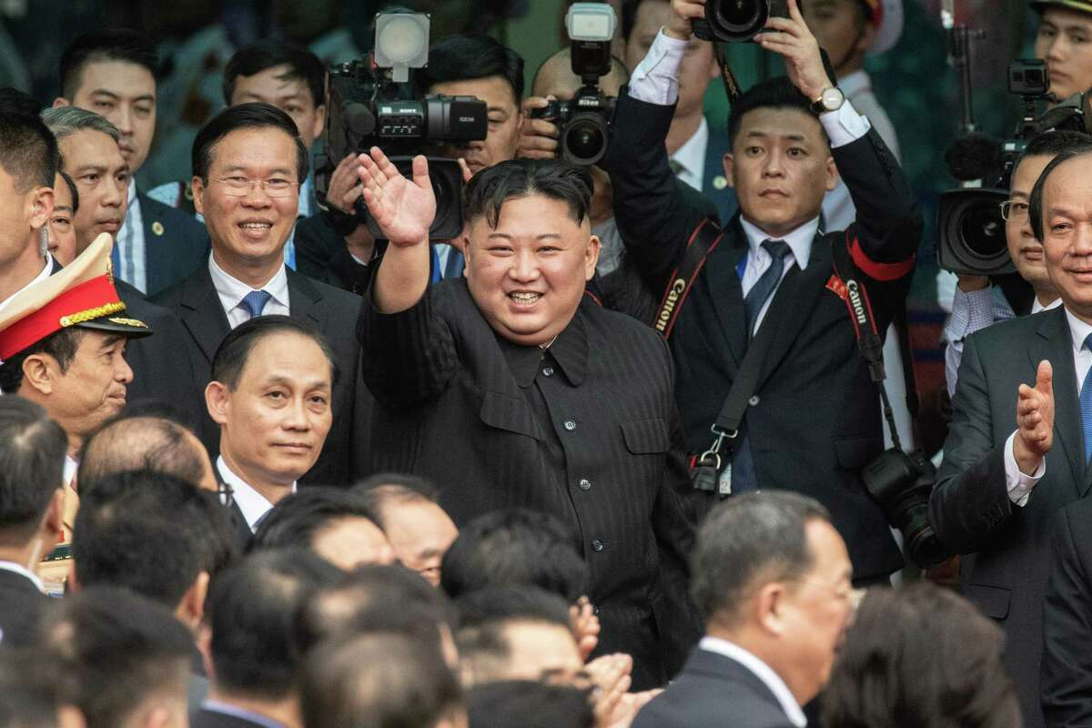 DONG DANG, VIETNAM - MARCH 02: North Korean leader Kim Jong-un waves as he prepares to leave Vietnam by train after a two day official visit preceded by the DPRK-USA Hanoi summit, on March 2, 2019 in Dong Dang, Vietnam. North Korean leader Kim Jong-un met with Vietnamese President Nguyen Phu Trong and Prime Minister Nguyen Xuan Phuc during his two-day official visit following a failed summit with U.S. President Donald Trump in Hanoi which ended without agreement. (Photo by Carl Court/Getty Images) *** BESTPIX ***