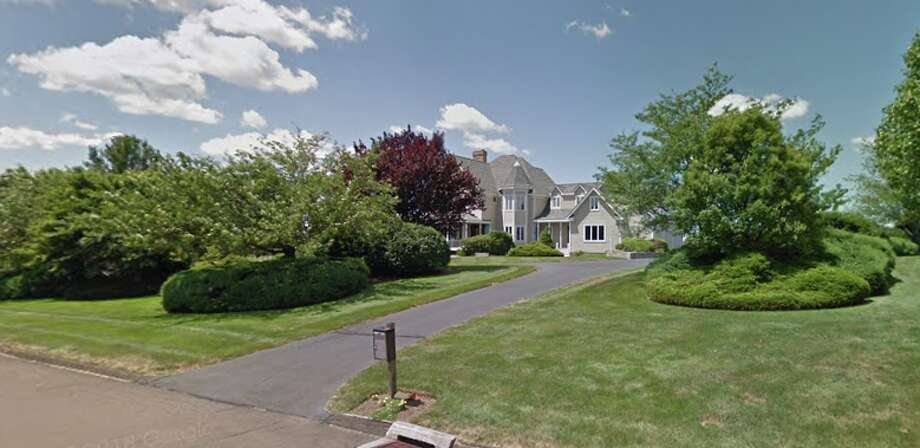 15 Turnberry RoadPrice:$732,330Seller/buyer:Kathleern Crowe LT and Kathleen Crowe to Larry and Cheryl Esposito  Photo: Google Maps