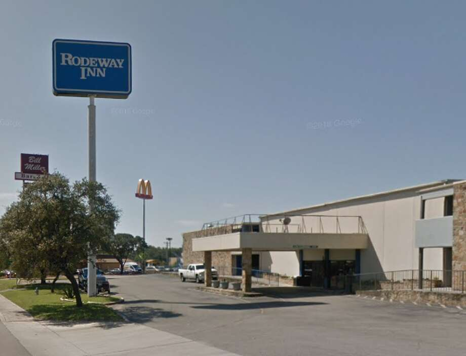 Maximiliano Miranda, a 18-year-old New Braunfels man, was shot dead at a Rodeway Inn on March 4, 2019, according to New Braunfels police. Photo: Google Maps