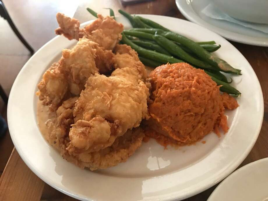 Fried chicken served at Angeline's Louisiana Kitchen in Berkeley. Click on the slideshow ahead to see where to find the best fried chicken around the Bay Area >>> Photo: Photo By Lincy H. On Yelp