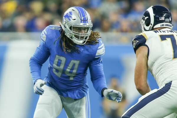 DETROIT, MI - DECEMBER 02: Detroit Lions defensive end Ezekiel Ansah (94) rushes during a regular season game between the Los Angeles Rams and the Detroit Lions on December 2, 2018 at Ford Field in Detroit, Michigan. (Photo by Scott W. Grau/Icon Sportswire via Getty Images)