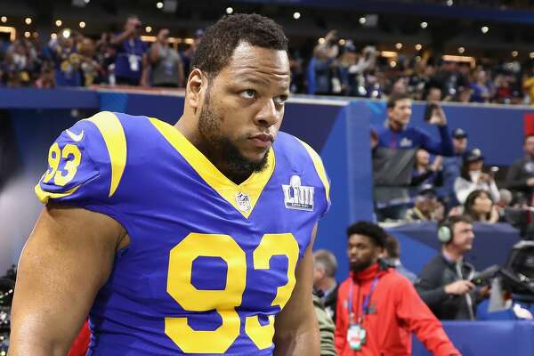 ATLANTA, GA - FEBRUARY 03: Ndamukong Suh #93 of the Los Angeles Rams enters the field during warmups prior to Super Bowl LIII against the New England Patriots at Mercedes-Benz Stadium on February 3, 2019 in Atlanta, Georgia. (Photo by Jamie Squire/Getty Images)