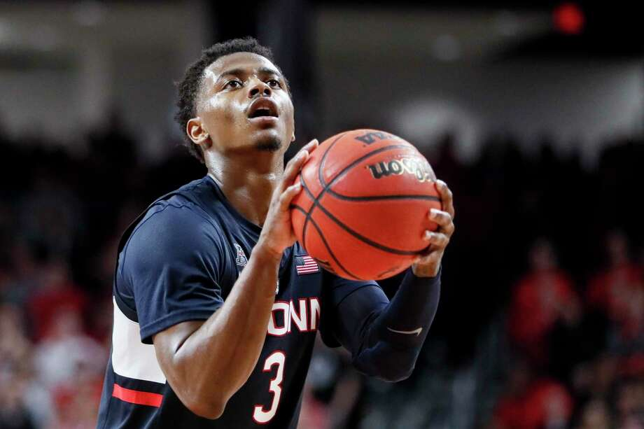 UConn coach Dan Hurley call guard Alterique Gilbert the leader of the team. Photo: John Minchillo / Associated Press / Copyright 2019 The Associated Press. All rights reserved.