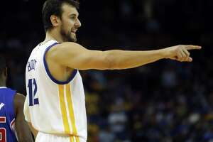 Golden State Warriors' Andrew Bogut points during 4th quarter of Warriors' 121-104 win over Los Angeles Clippers during NBA game at Oracle Arena in Oakland, Calif., on Wednesday, November 5, 2014.