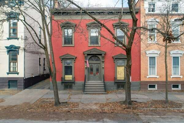 $275,000. 113 Union St., Schenectady, NY 12305. View listing.