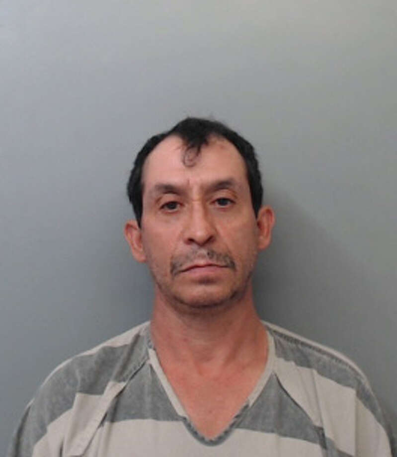 Roberto Garcia, 54, was charged with terroristic threat and resisting arrest. Photo: Webb County Sheriff's Office
