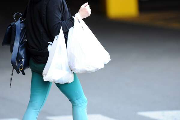 Bremerton bans disposable plastic bags - HoustonChronicle com