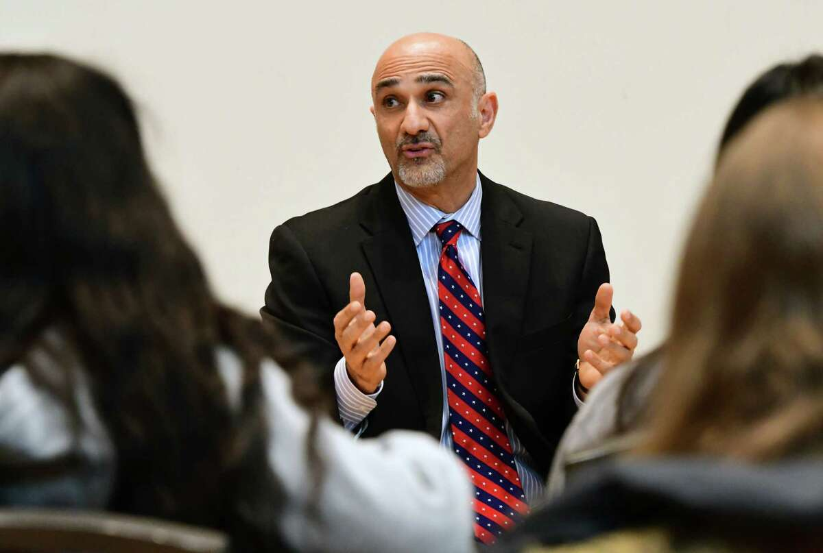 """Fardin Sanai discusses a """"Journey of a Refugee from Iran"""" during the Human Library event at University at Albany on Tuesday, March 5, 2019 in Albany, N.Y. The event consisted of stories of immigration shared by University at Albany faculty, students, staff, and members of the Capital Region community. (Lori Van Buren/Times Union)"""