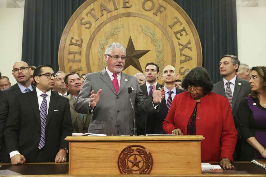 Rep. Dan Huberty explains his committee's work as the House Education bill is unveiled in the Speaker's Commmittee Room at the Capitol on March 5, 2019. Photo: Tom Reel, Staff / Staff Photographer / 2019 SAN ANTONIO EXPRESS-NEWS