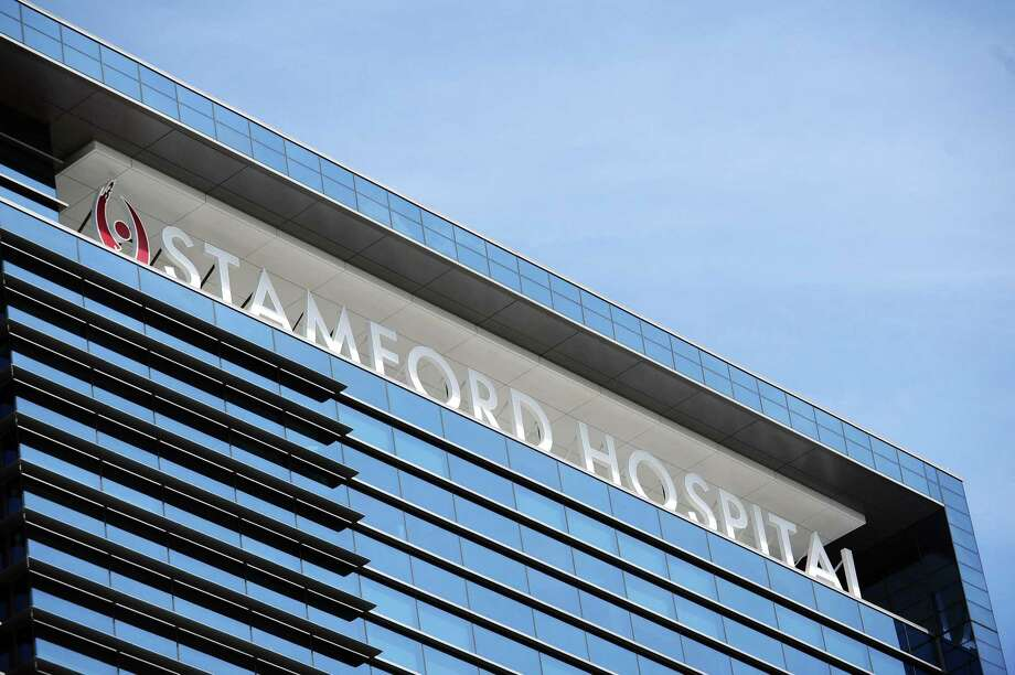 The new Stamford Hospital sign is shown in this September 2016 photo. Photo: Michael Cummo / Hearst Connecticut Media / Stamford Advocate