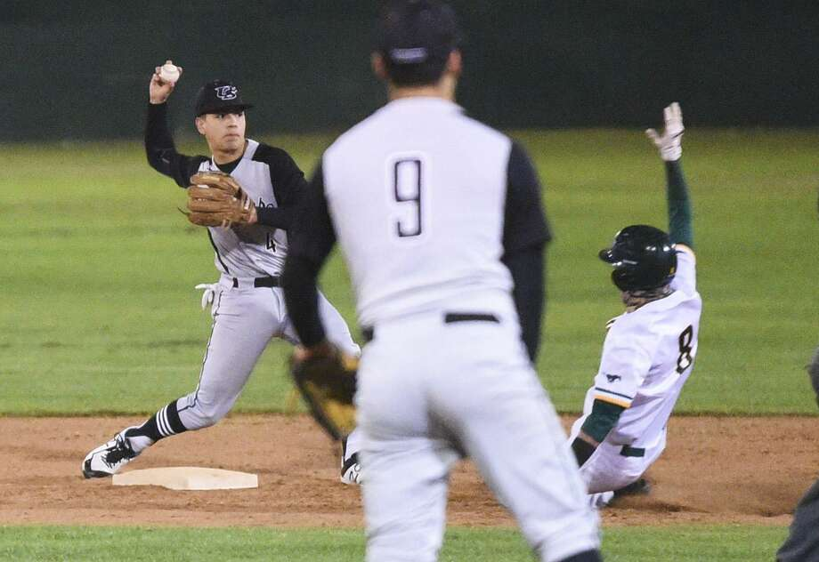 Devin Benavides and United South will attempt to stay unbeaten in District 29-6A while TJ Rogerio and Nixon aim to avenge a 1-0 loss from the first round as the Panthers and Mustangs meet at 7 p.m. Tuesday at Krueger Field. Photo: Danny Zaragoza /Laredo Morning Times File