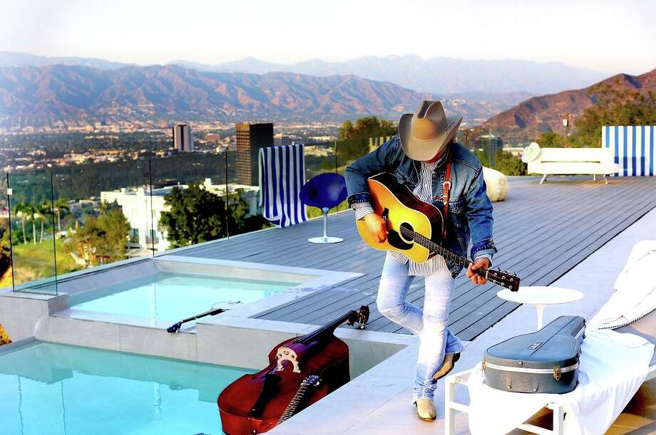 Multiple Grammy Award winner Dwight Yoakam will perform at the Dow Event Center June 2. Photo: Dow Event Center
