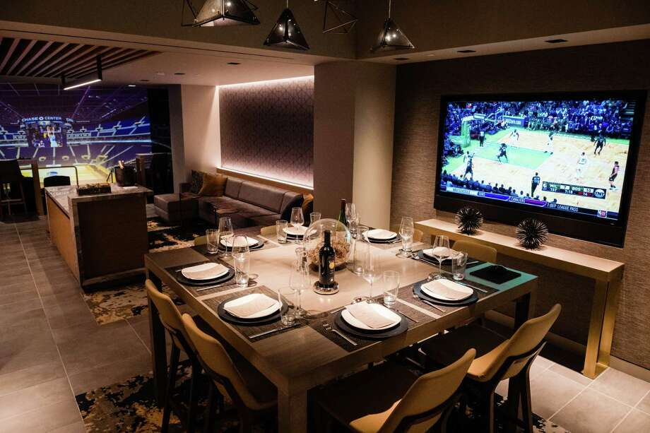 The courtside lounge will give the ultrarich a premium experience, with 30 of 32 luxury suites already snapped up. Photo: Photo For The Washington Post By Nick Otto / Nick Otto