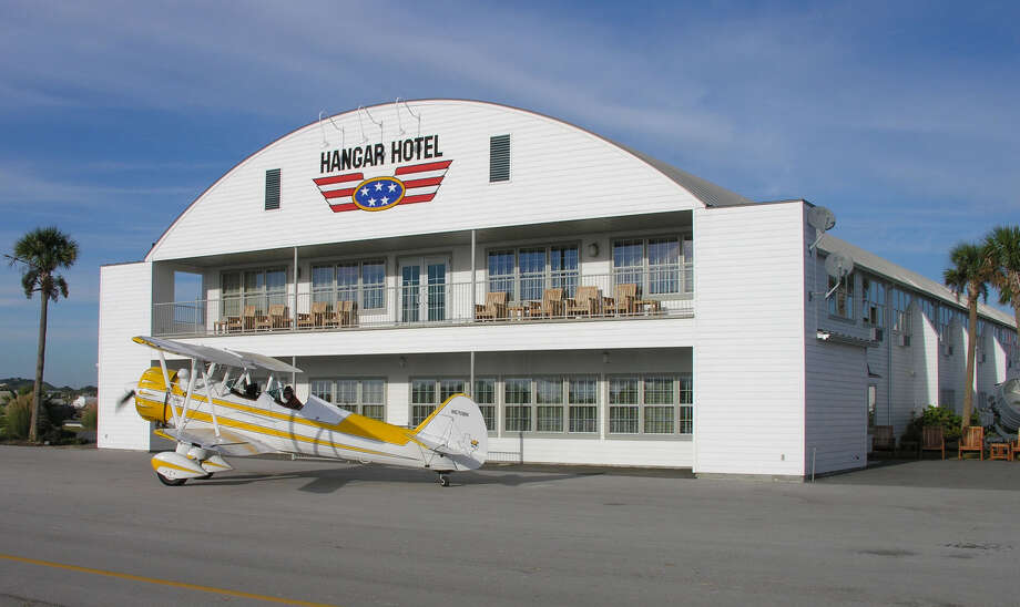 Photo: Hangar Hotel