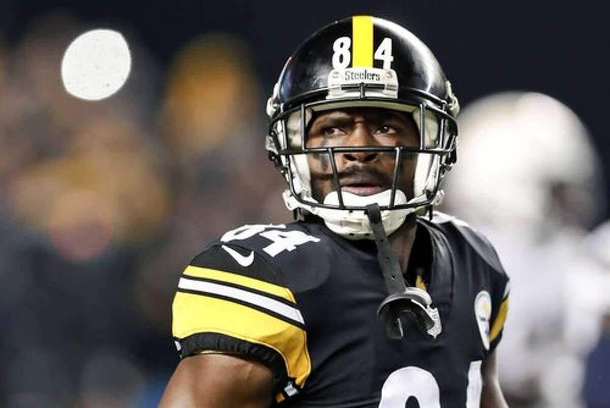 In this Dec. 2, 2018, file photo, Pittsburgh Steelers wide receiver Antonio Brown (84) plays against the Los Angeles Chargers in an NFL football game in Pittsburgh.