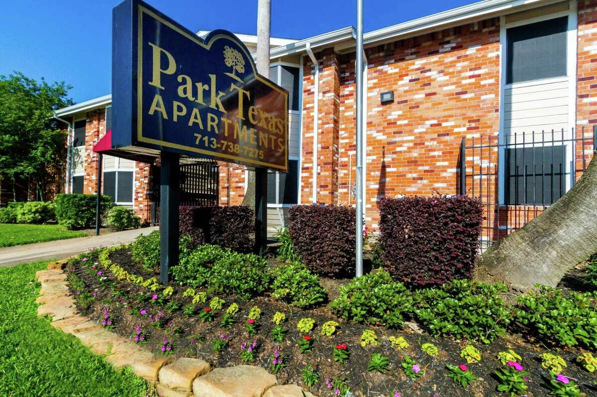 Auerbach Funds and Blue Magma Residential have teamed up to acquire Park Texas Apartments, a 587-unit complex at 11911 Martin Luther King Jr. Blvd. in southeast Houston.