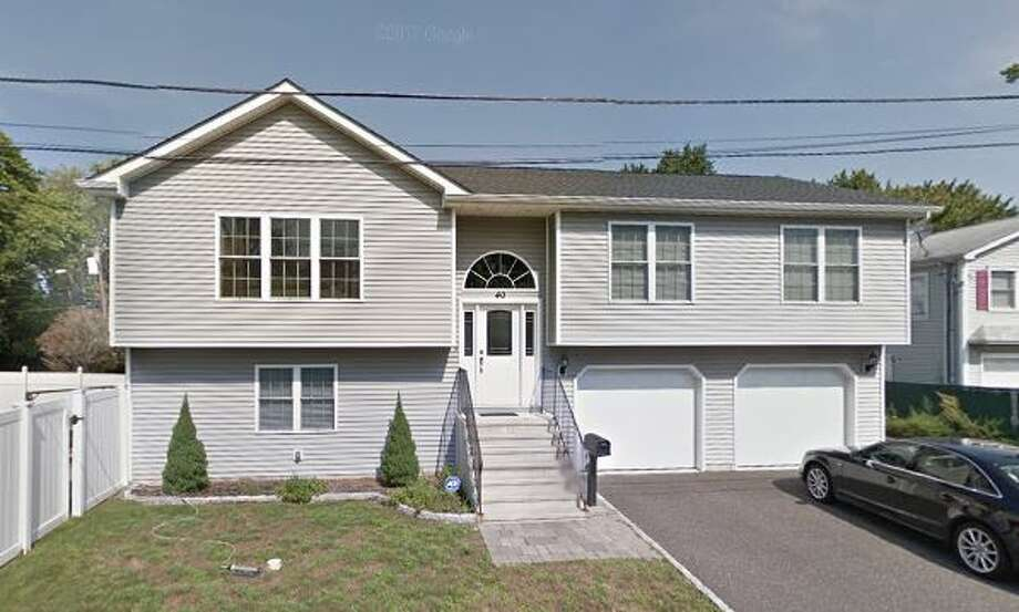 40 Girard St.in Norwalk sold for $517,500. Photo: Google Street View