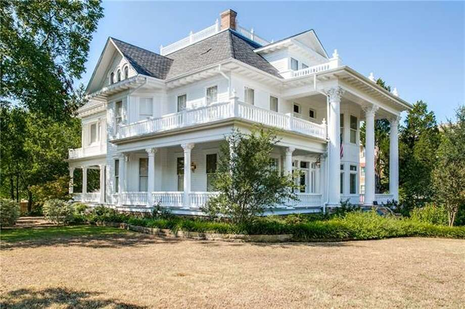 >>See century-old houses across Texas. Photo: Houston Association Of Realtors
