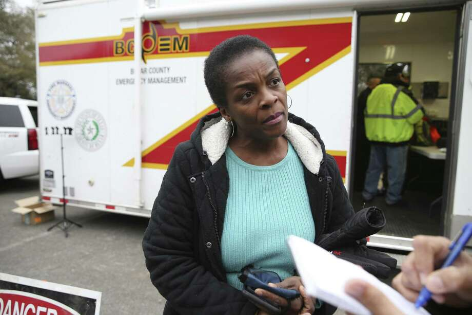 Cheryl Spencer, of New York City, joins other volunteers gathered at Eisenhower Park on Thursday. Spencer is the aunt of the missing woman, Andreen McDonald. More than 300 searchers gathered to search Joint Base San Antonio-Camp Bullis. The woman was reported missing March 1. Photo: Jerry Lara /Staff Photographer / © 2019 San Antonio Express-News
