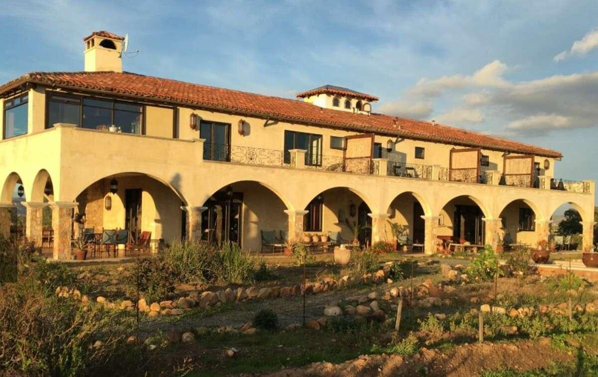 La Villa del Valle luxury inn near Ensenada on the Baja peninsula in Mexico was designed by Michael Mastro according to Vastu principles.