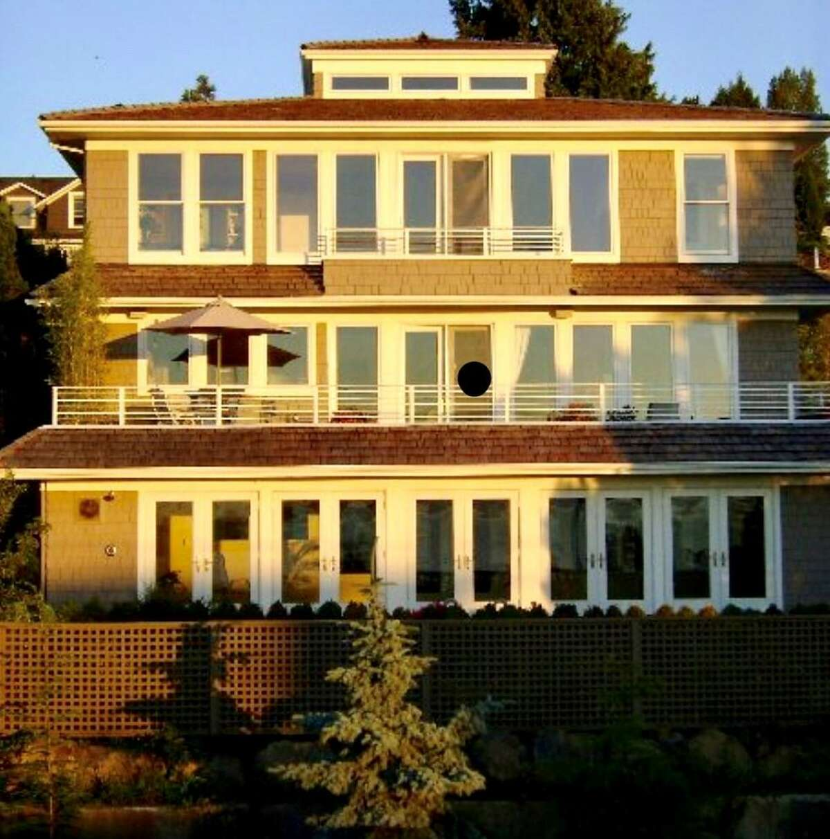 An exterior view of a Seattle home that Michael Mastro designed according to the principles of Vastu.