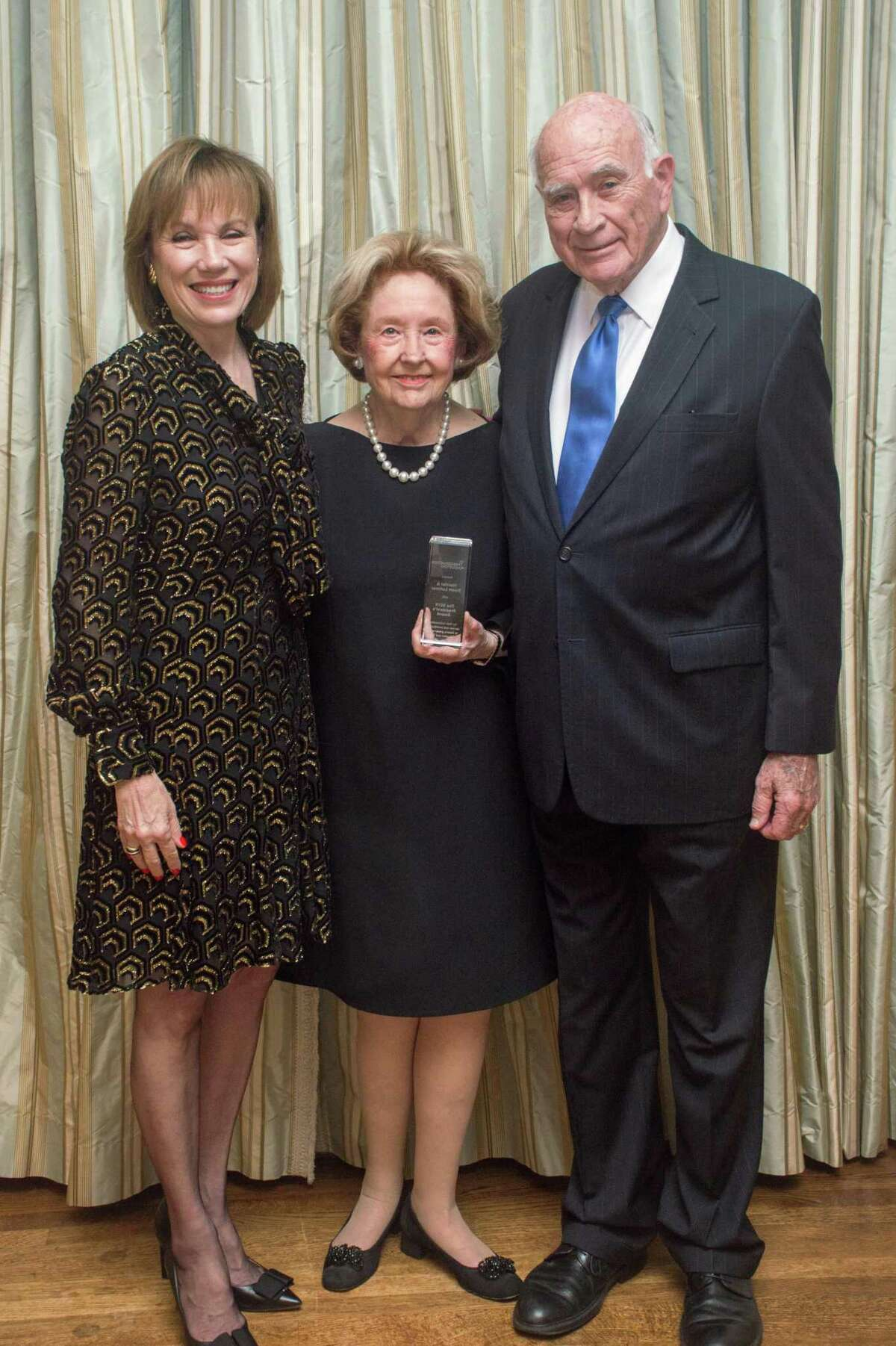 From left, Preservation Houston President Deborah Keyser and Harriet and Truett Latimer receivedPreservation Houston's 2019 President's Award for their outstanding service and contributions to historic preservation in Houston and Texas.