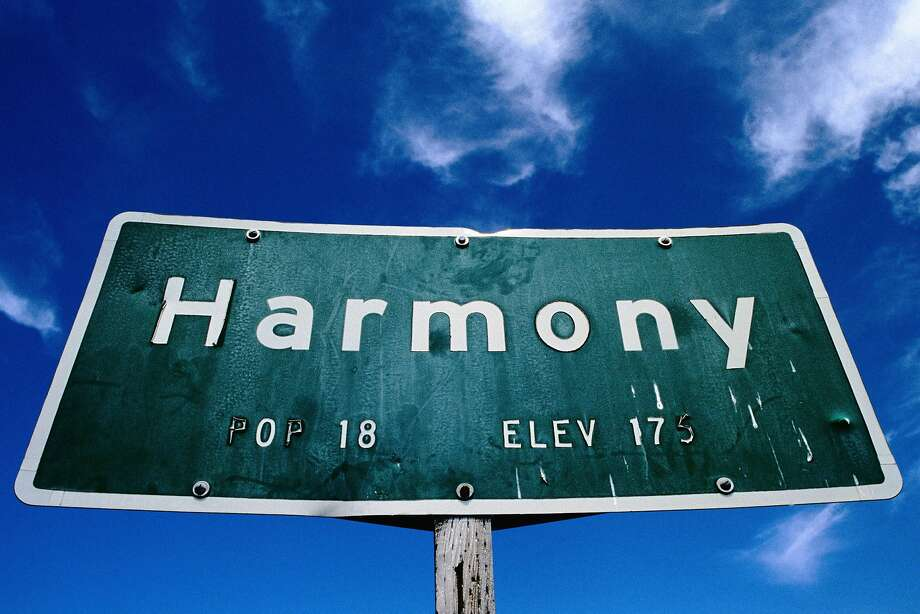 The town of Harmony. Photo: Getty Images / Lonely Planet Image