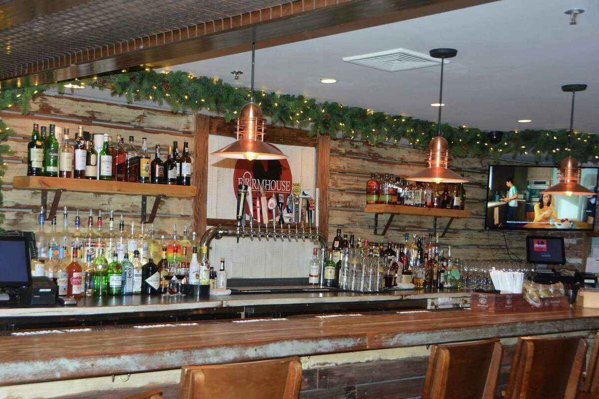 The Farmhouse in Newtown, Conn., has old favorites on the menu.