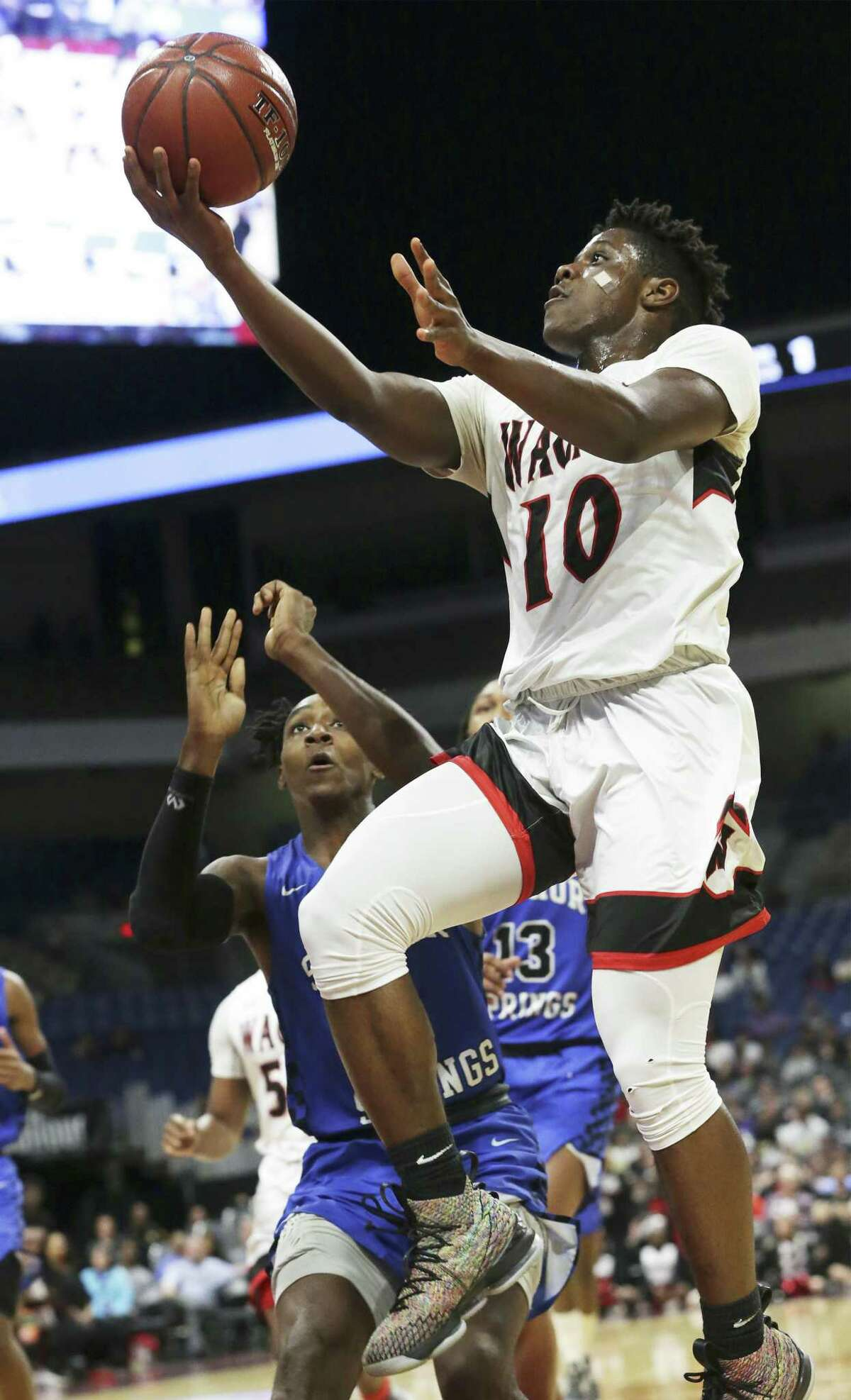 Isaiah Kennedy and the T-Birds will play Saturday for their first state title.