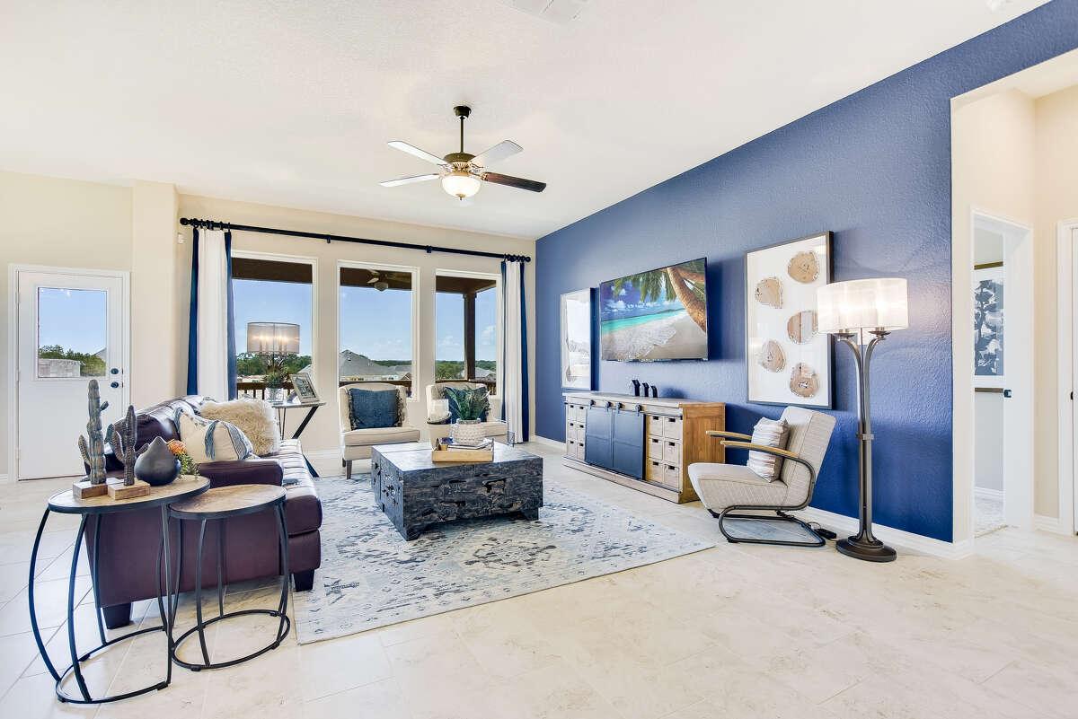 Builder: David Weekly Homes Address: 28913 Windlesham Way, San Antonio, TX 78260 Price: $465,000