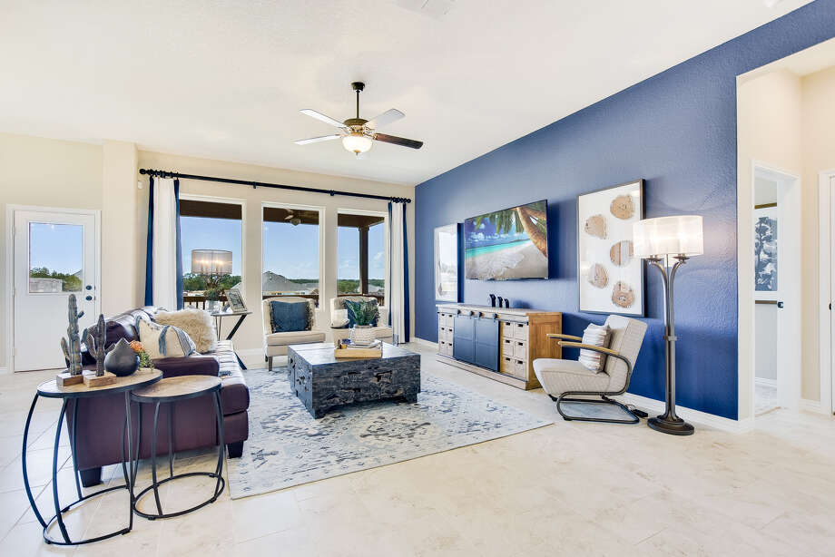 Builder: David Weekley Homes Address: 28913 Windlesham Way, San Antonio, TX 78260 Price: $465,000 Photo: David Weekly Homes