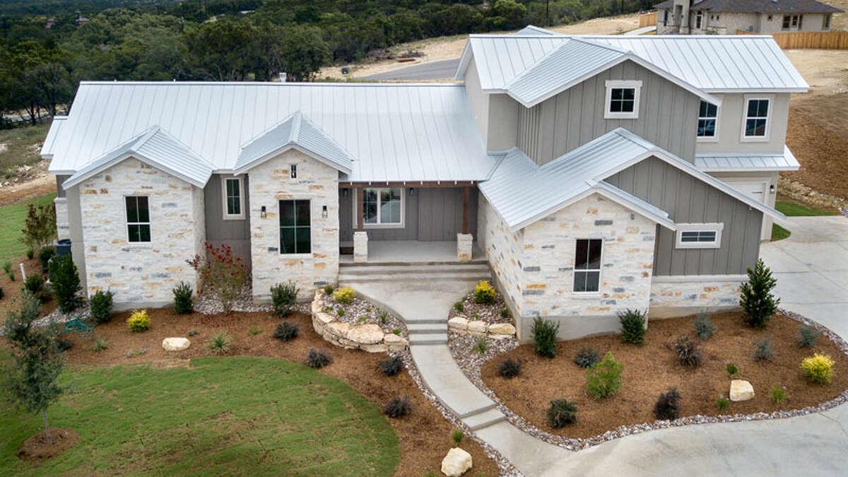 2020 Spring Tour of Homes Casadomaine Custom Homes at Highland Estates27240 Highland Crest, San Antonio, TX 78260