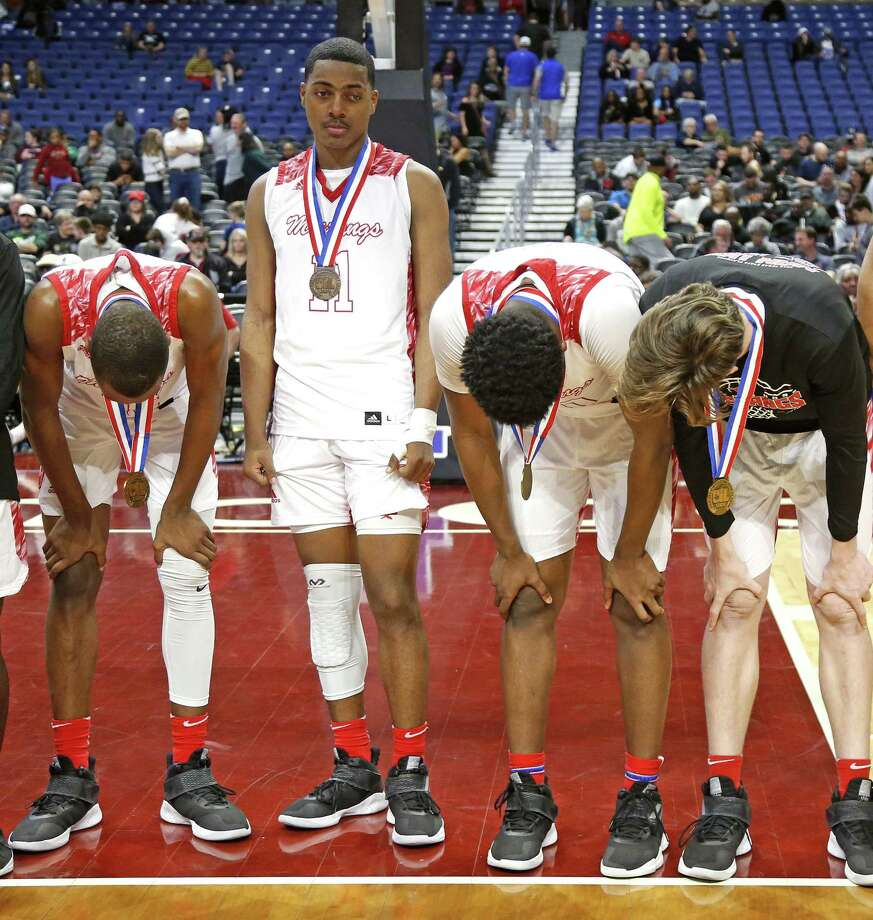 North Shore finds it difficult to hold up their heads after losing to Duncanville. UIL boys basketball 6A State semi-final between Galena Park North Shore and Duncanville on Friday, March 8, 2019 at the Alamodome in San Antonio, Texas. (Ron Cortes/ Special Contributor) Photo: Ronald Cortes/Contributor / Ron Cortes / 2019 Ronald Cortes