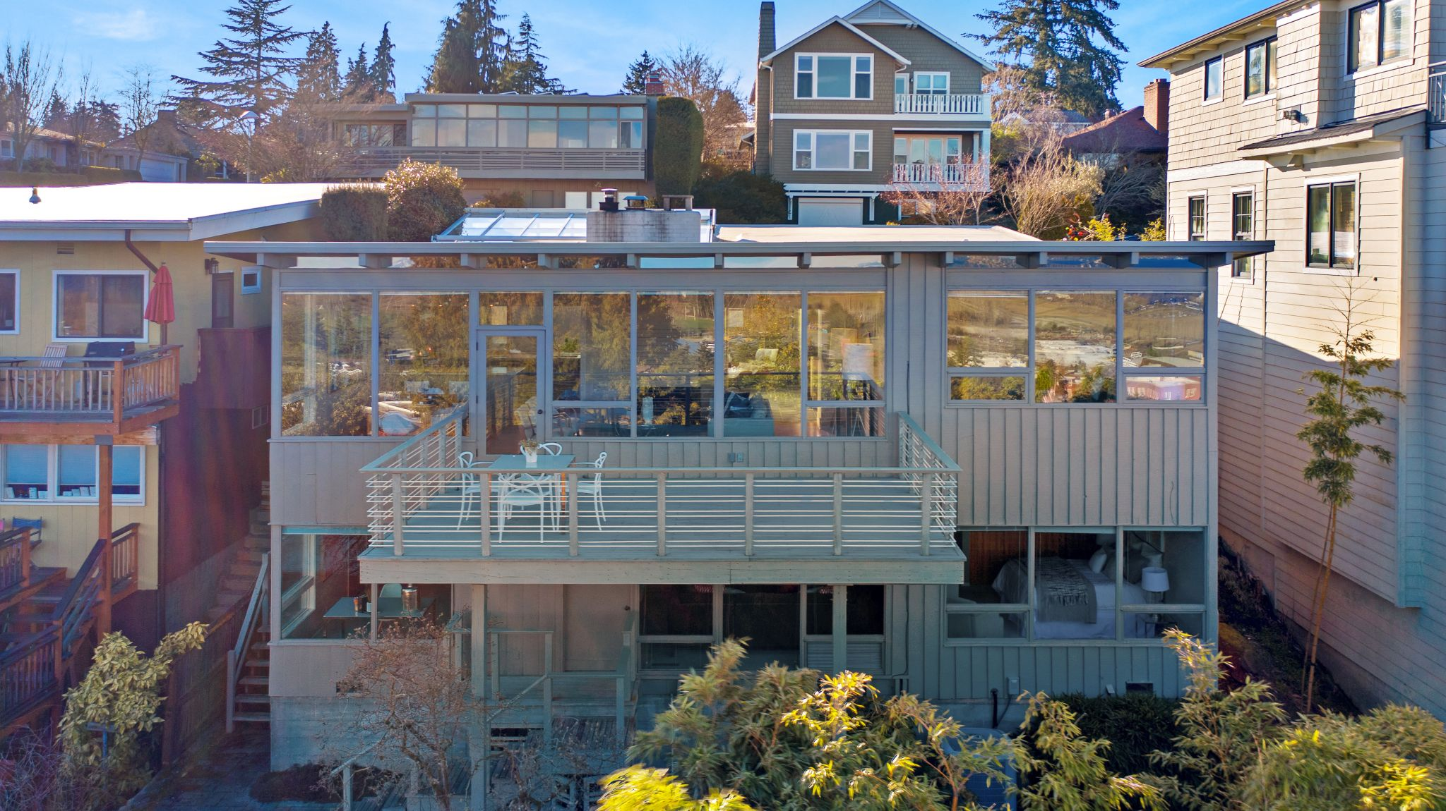 View Ridge mid-century on market for first time in 30 years