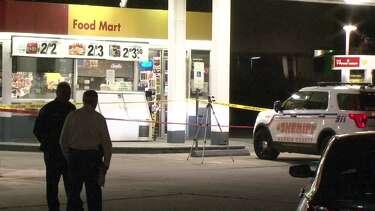 Deputies seek masked men in slaying of store clerk