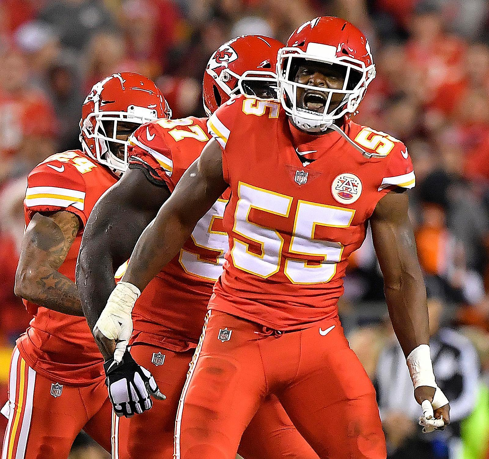 Deadspin On Twitter Report Giants Defensive End Jason: Report: 49ers Exploring Trade For Chiefs' Pass-rusher Dee
