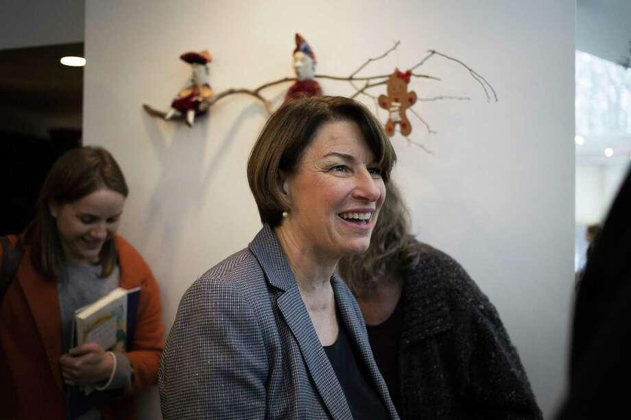 Sen. Amy Klobuchar (D-Minn.) meets with supporters at a residence in Nashua, N.H., Feb. 24, 2019. (Elizabeth Frantz/The New York Times) Photo: ELIZABETH FRANTZ, STR / NYT / NYTNS