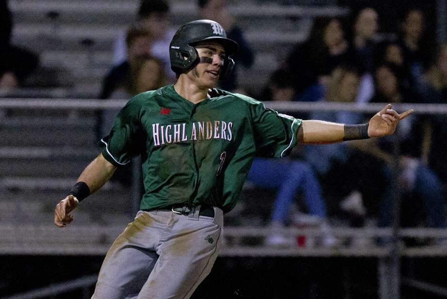 FILE PHOTO — Casey Sunseri had three hits during The Woodlands' 5-1 victory over Klein Oak in nine innings on Friday night. Photo: Jason Fochtman, Houston Chronicle / Staff Photographer / © 2019 Houston Chronicle