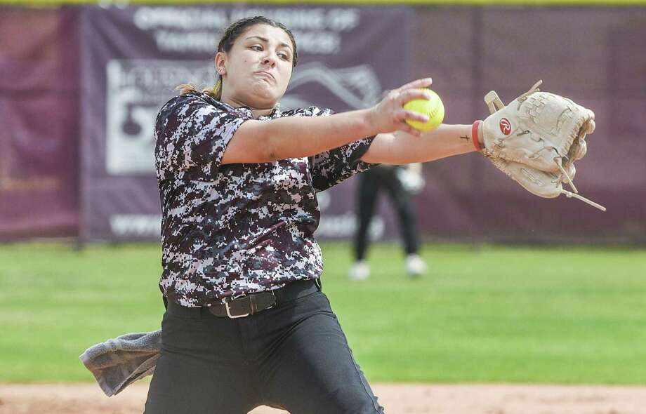 TAMIU's Jenika Lombrana picked up her second win in as many days Saturday at Dustdevil Field holding Newman to one run and nine hits with seven strikeouts in a 3-1 victory. Photo: Danny Zaragoza /Laredo Morning Times